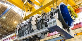 PSP31372-000, 9HA.01 Gas Turbine, Rotor on Half Shell, Case, People, Belfort, France, Europe, DI-2800x4200
